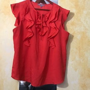 Pretty ruffle sleeveless top in red. Size XL.